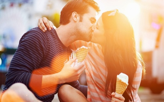 mood-girl-boy-couple-love-kiss-ice-cream-happiness-hd-wallpaper